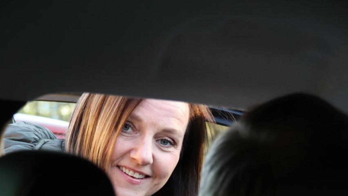 Vivi Christine Danmo driv Stord Tannteknikk og nyttar bilen i jobbsamanheng.