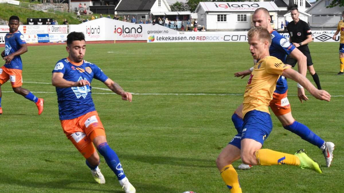 Jerv og Daniel Aase klarte 0-0 mot Aalesund her på Levermyr i slutten av mai, men i bortekampen søndag gikk Grimstad-klubben på et stygt 0-4-tap.