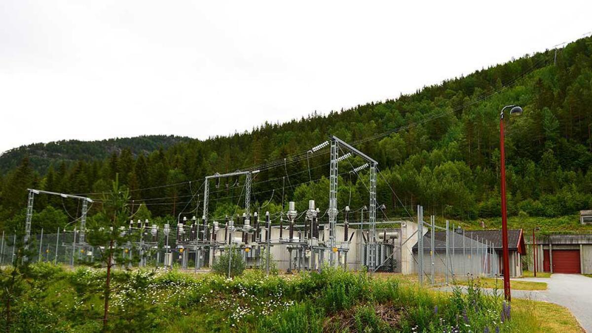 Hekni kraftverk på grensa mellom Bygland og Valle. Kraftstasjonen ligg i Bygland og forsyner 7-8.000 husstandar med straum.