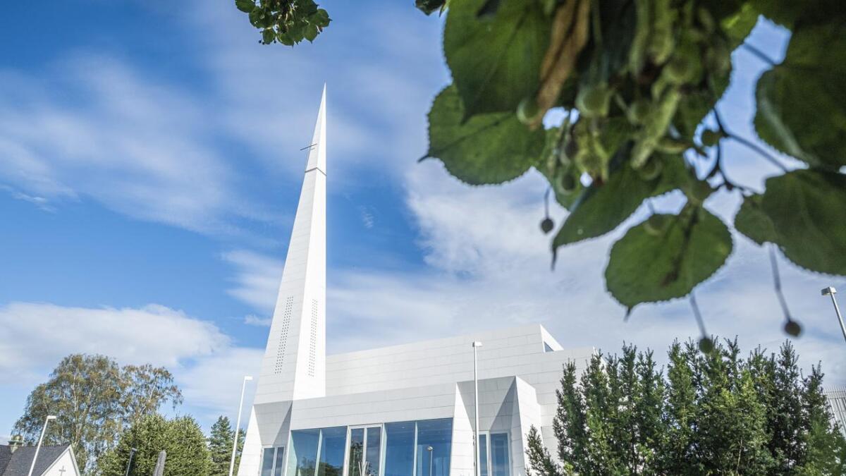 Søndag kommer biskop Stein Reinertsen for å vigsle den nye kirka i Porsgrun   n.