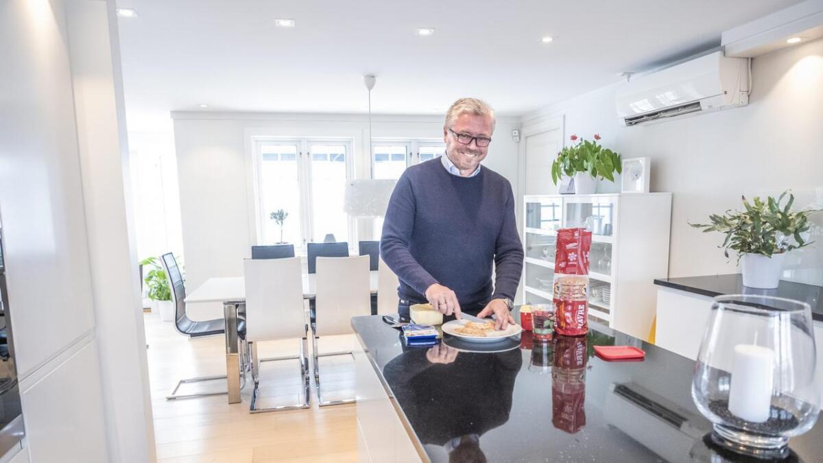 Jarle Findal fra Nystrand i Porsgrunn er en av eierne i Findal & Krogh.             De har siden 2002 importert svenske Polarbrød til Norge.