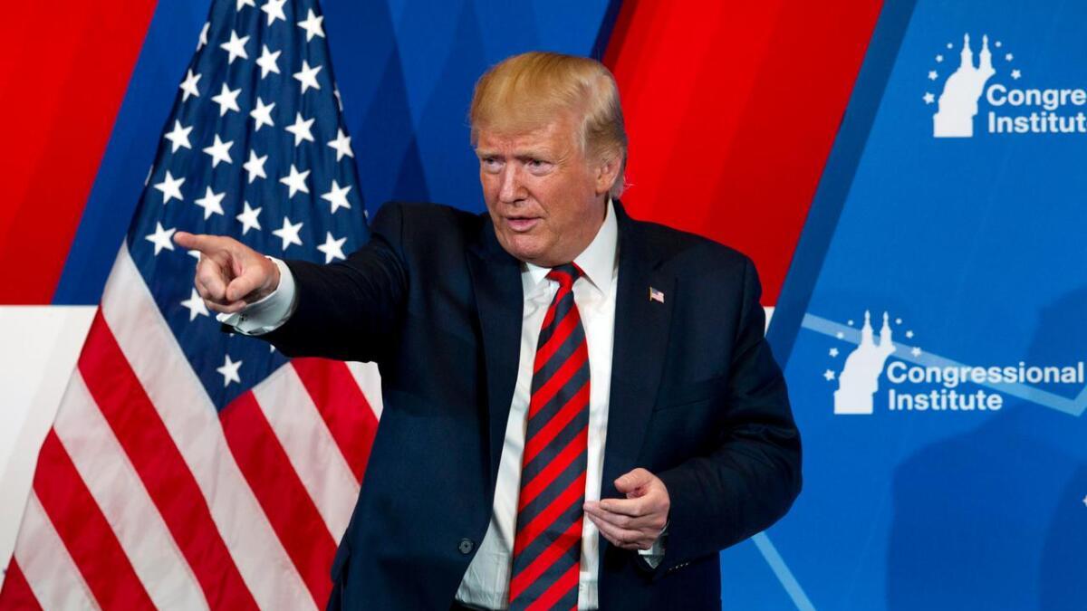 Trump sa flere burde se på demokratenes presidentdebatt på TV, men la til at flere trolig valgte å se på ham.