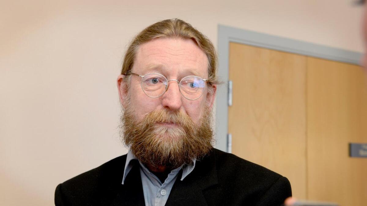 Advokat Bjørn Nærum er oppnevnt som forsvarer for den siktede 35-åringen.