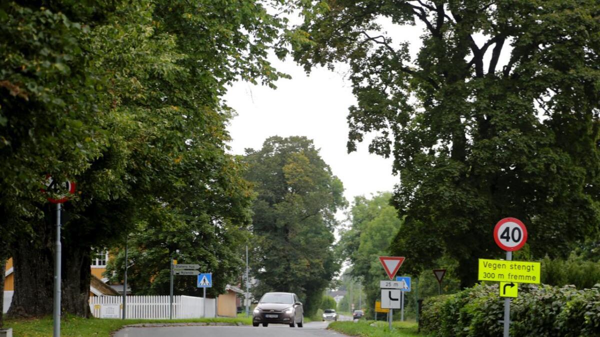 Dette krysset blir fysisk stengt for biler fra september. Gata sør for krysset mot Gjerpens gate skal bli miljøgate.