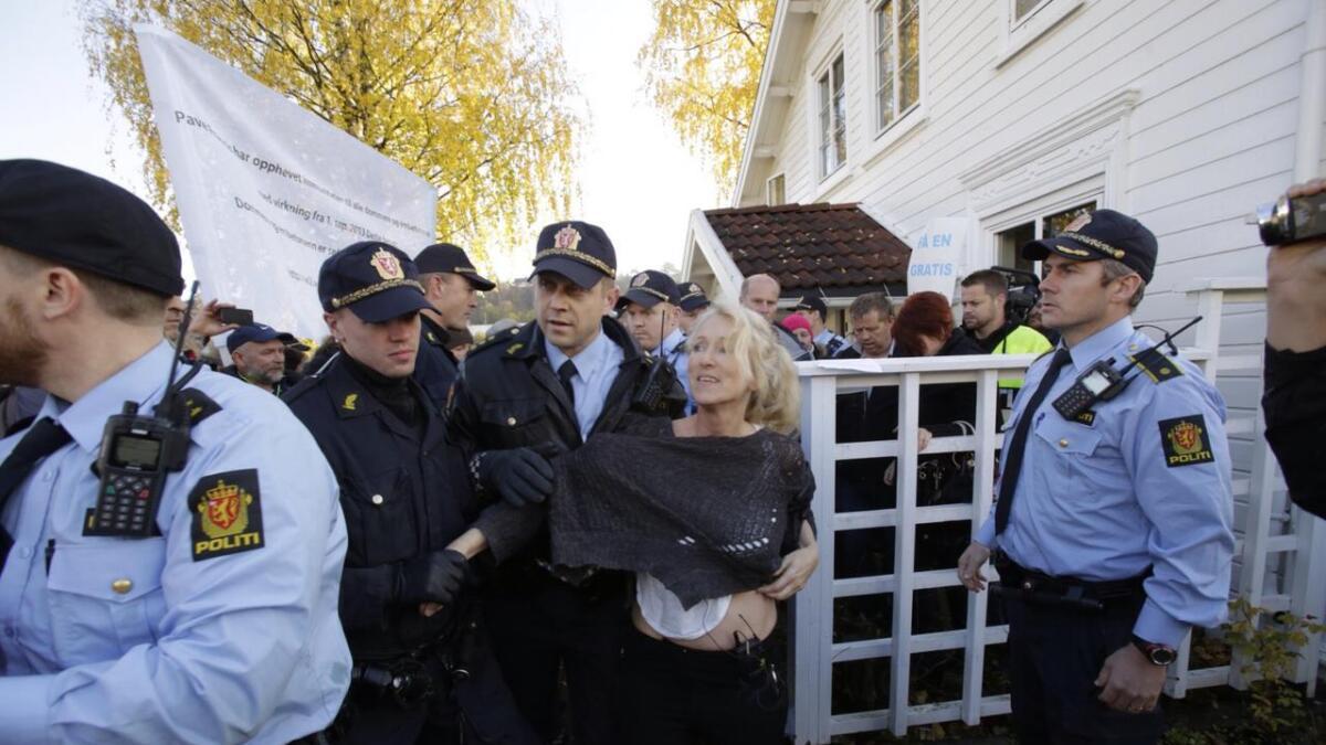 Politiet pågrep Sigurdsdatter på stedet.