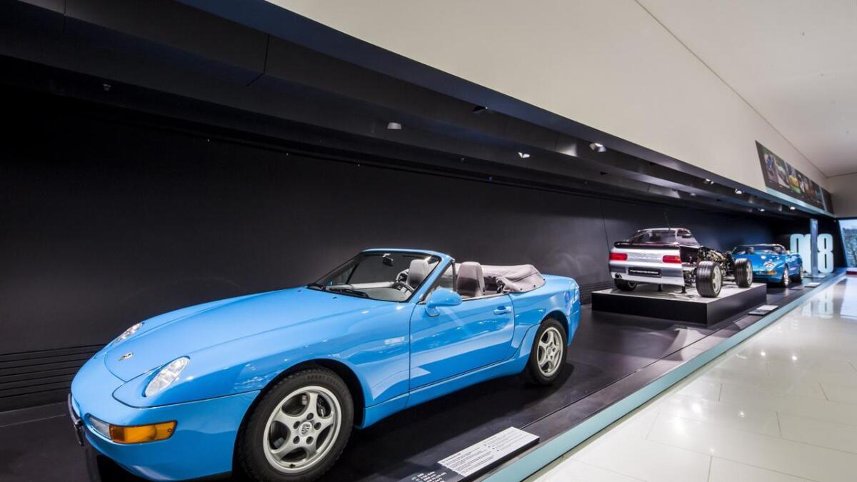 Mens 911-modellen har tatt heilt av i verdi dei siste åra, har 968-modellen gått litt under radaren. Ein finn kabrioletutgåva til mellom 30.000 og 40.000 euro i utlandet. I Noret er det sjeldan nokon til sals.