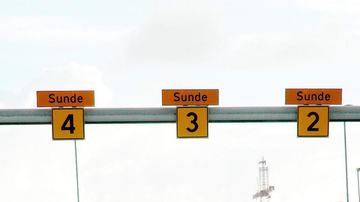 «Sidan 79 prosent av bilistane køyrer gjennom tunnelen for å koma over til Sunde-sida, vil det vera naturleg å leggja ferja til Sunde», skriv Kjell Larsen.