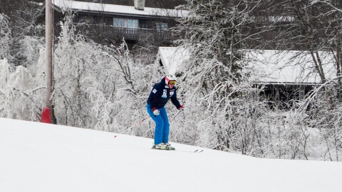 Maria Tviberg trener i skianlegget på Geilo for fyrste gong etter kneskaden for eitt år sidan.