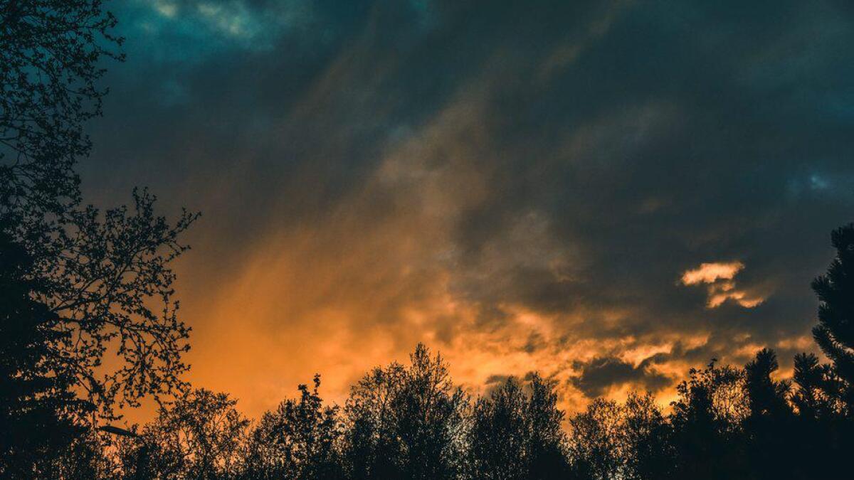 «Himmelen i brann».