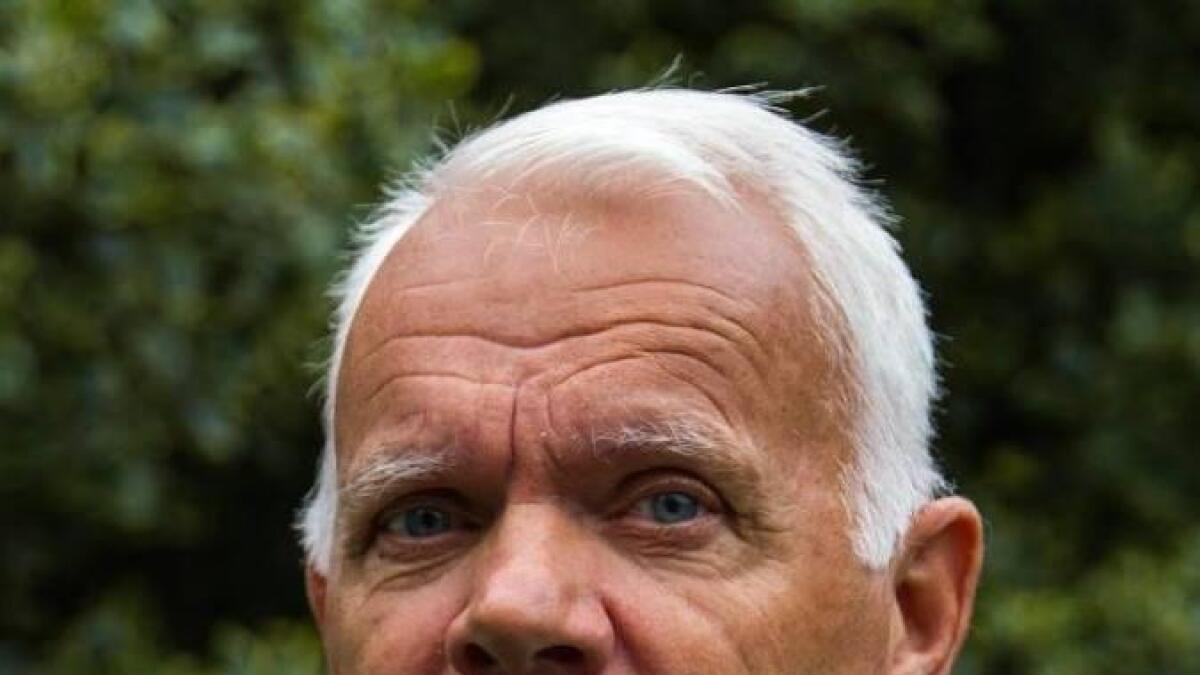 Eirik Skarland er styremedlem i Bevar Andøya Flystasjon (BAF). Han er pensjonert oberstløytnant, og har tjenestegjort som avdelingssjef på Andøya. Han har også vært bataljonssjef i Infanteribataljonen i Brigade Nord-Norge, med beredskapsoppdrag på Evenes. Han avsluttet tjenesten i Forsvaret etter mange år i Etterretningstjenesten.