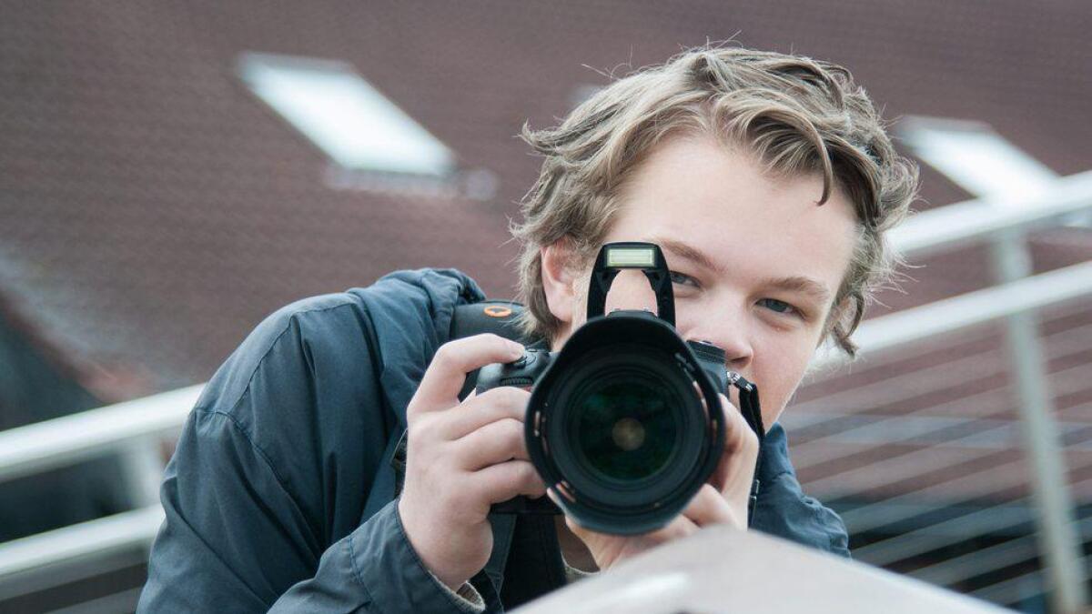 Håkon Lyngås Sataøen (14) frå Geilo elskar å sjå verda gjennom kameralinsa.