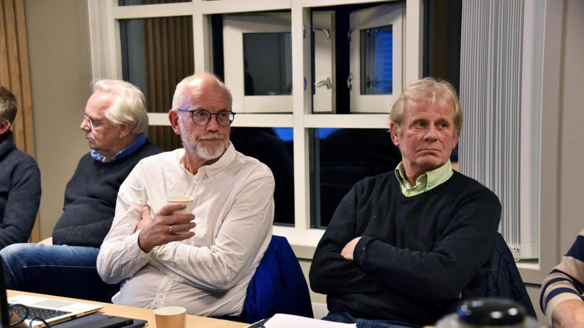 Lokal representant Kjell Rune Nakkestad for RWE i Birkenes og styremedlem Wiggo Svendsen i Motvind blir nok ikke enige med det første, men skal likevel samarbeide om utformingen av MTA-planen for vindkraftverket i Birkenes.