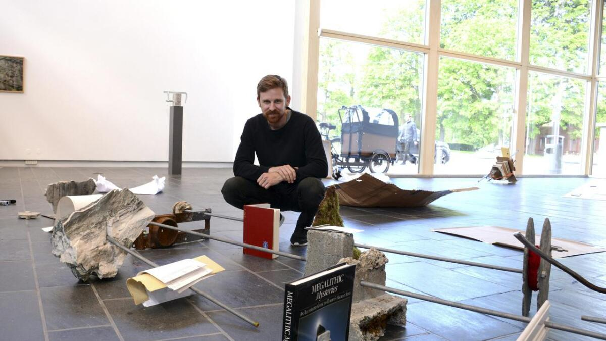 Arild Våge Berge åpner utstilling på Skiens kunstforening lørdag. BEGGE