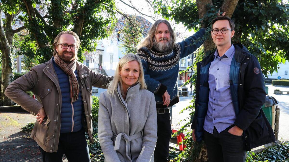 Arkitekt Jan Erik Rossow frå Vill Urbanisme, saman med Åshild Rygg Tonning, Roald Kaldestad og Knut Marius Sundt i ressursgruppa.