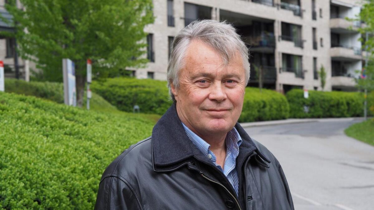 Morten Køpke vart kjend over heile landet då han skaut seg ut frå jagarflyet F-16 etter kollisjon med ei trane søraust for Tunhovdfjorden. Havariet i 1981 var det fyrste med dei nye F-16 flya her i landet.