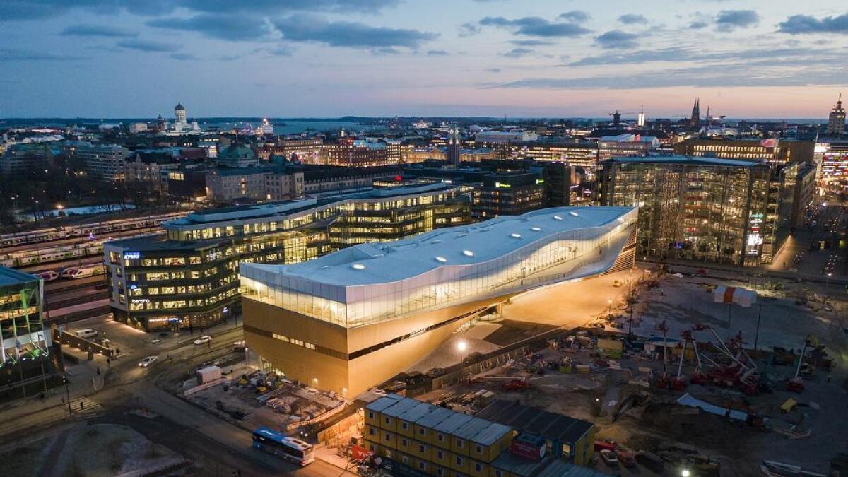 Folkebiblioteket Oodi har fått stor internasjonal oppmerksomhet etter åpningen i 2018. Den sentrale beliggenheten, midt i Helsinki, gjør bygningen lett tilgjengelig for folk.