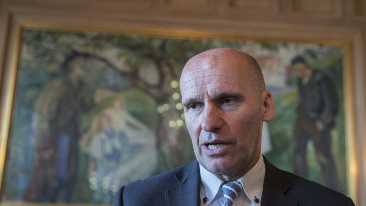 Geir Lippestad går sammen med flere tidligere KrF-topper om å starte et nytt politisk parti. Her er han som næringsbyråd i Oslo i 2017. Foto: Terje Pedersen / NTB