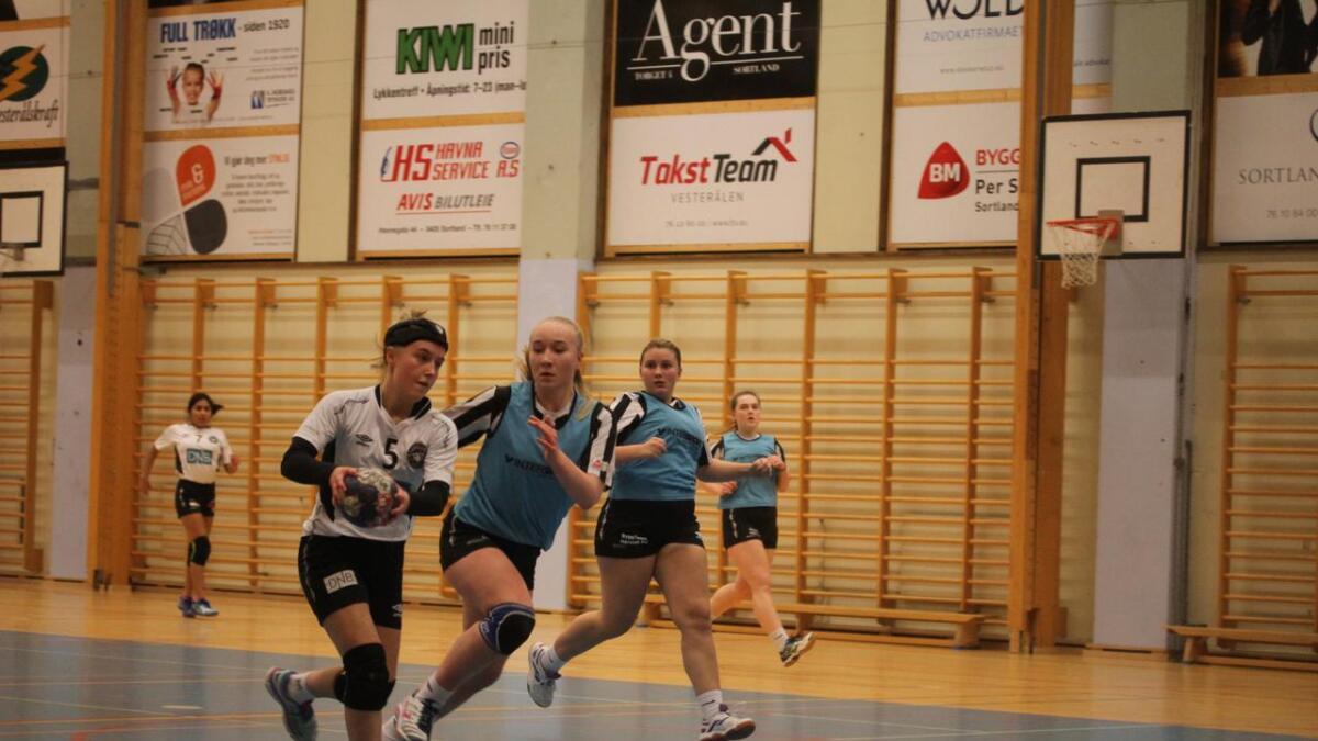 Sortland håndballklubb sender 97 spillere til helgens turnering i Harstad. (Arkiv