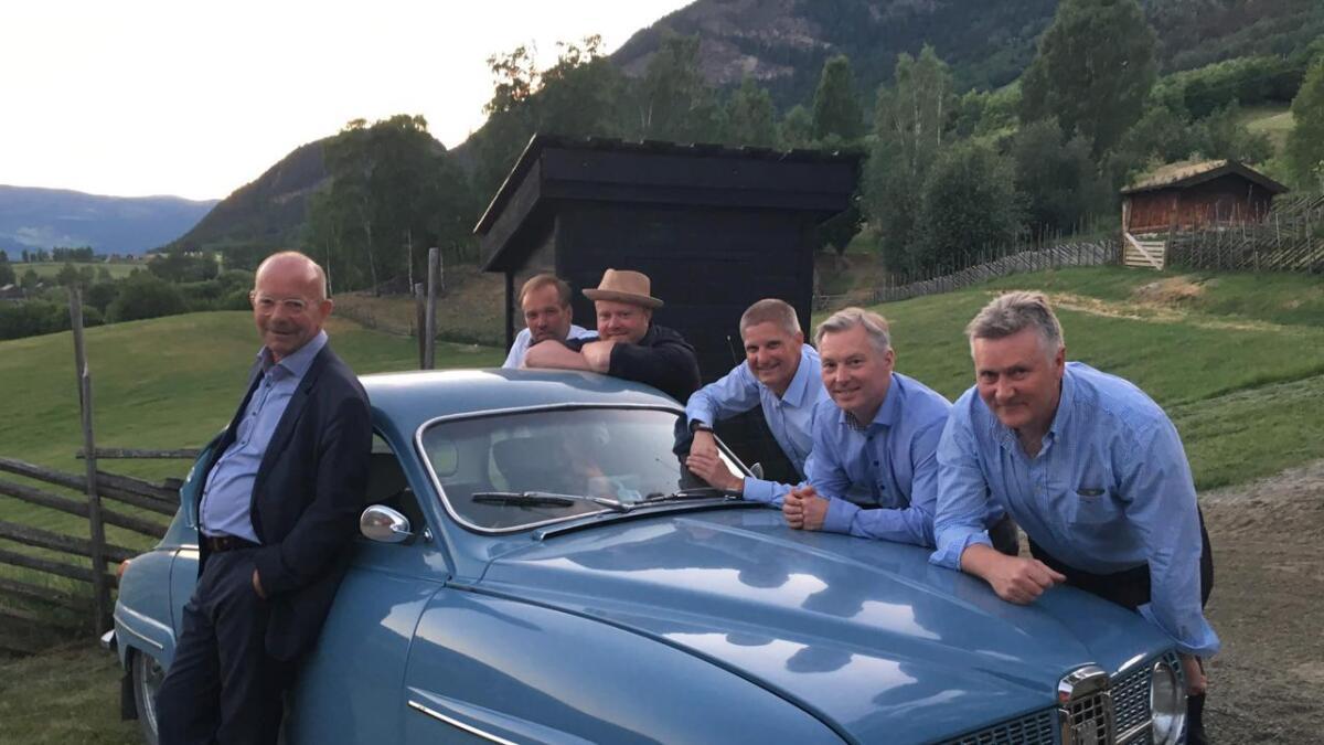 Kvarts på sommarturne. Frå venstre Jonas Fjeld, Øystein Rudi, Erlend Styve, Jo Asgeir Lie, Tom Willy Rustad og Ben Basgård.