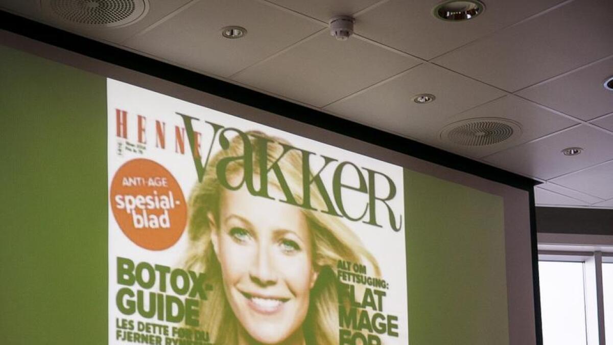 Jørgen Skavlan viste en forside av dameblad, for å illustrere urealistisk higer etter sprettrumpe, flat mage og yngre hud.