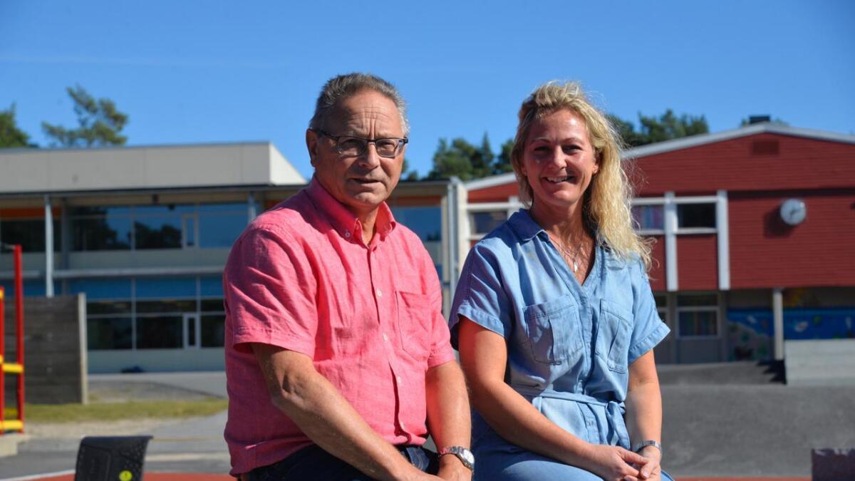 Skolesjef Hallgeir Berge og ungdomsskolerektor Lise Dukane tror og håper man får se bedre resultater for avgangselevene i årene som kommer.