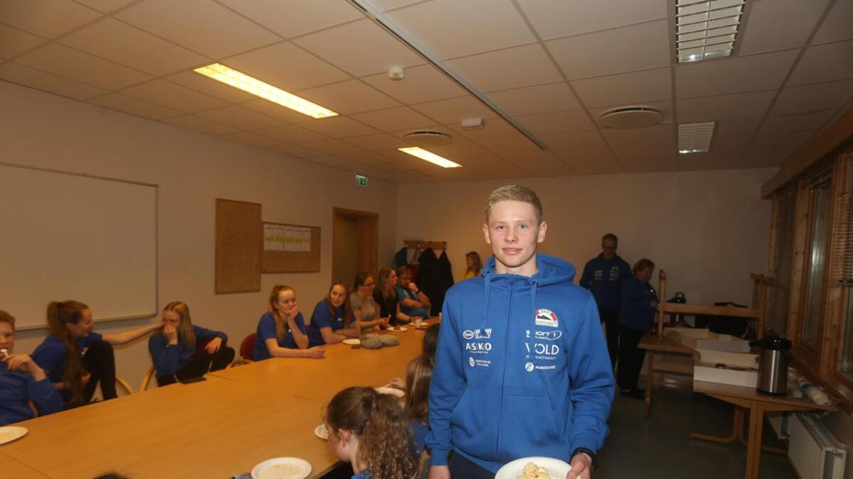 Ivar Greger Angell er målbevisst i alt han gjør i svømmingen, og drømmer om å bli best i verden.
