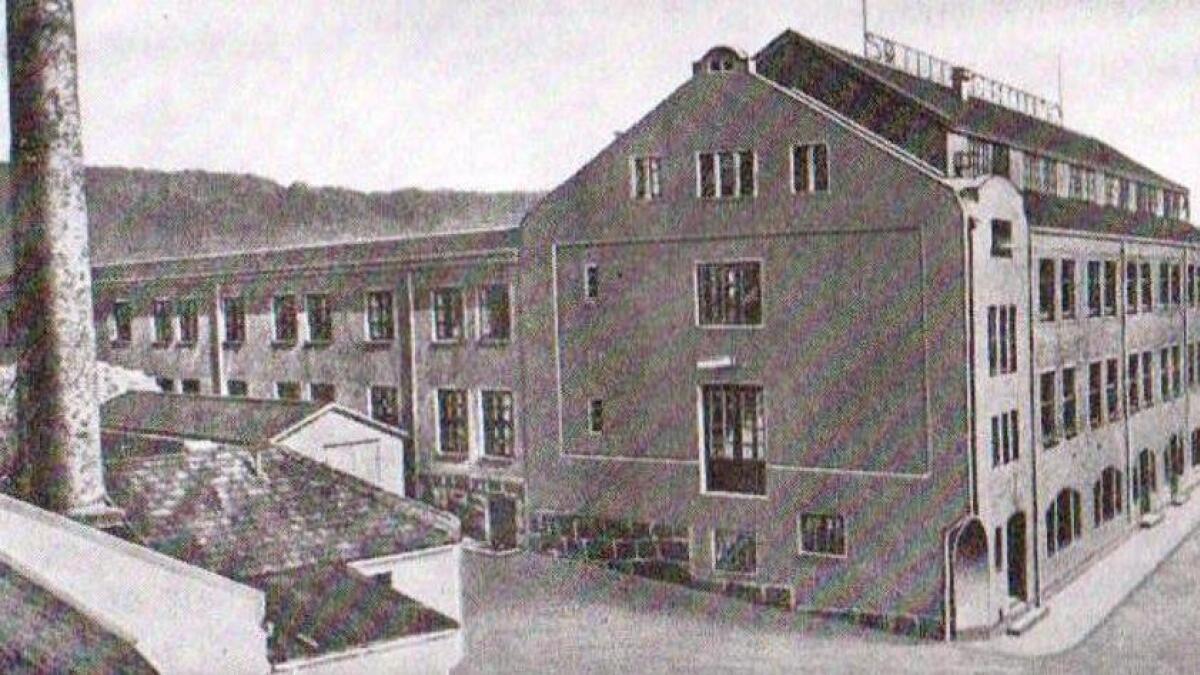 Slik såg fabrikken til J. Jacobsen trikotasje og konfeksjon ut i 1949.
