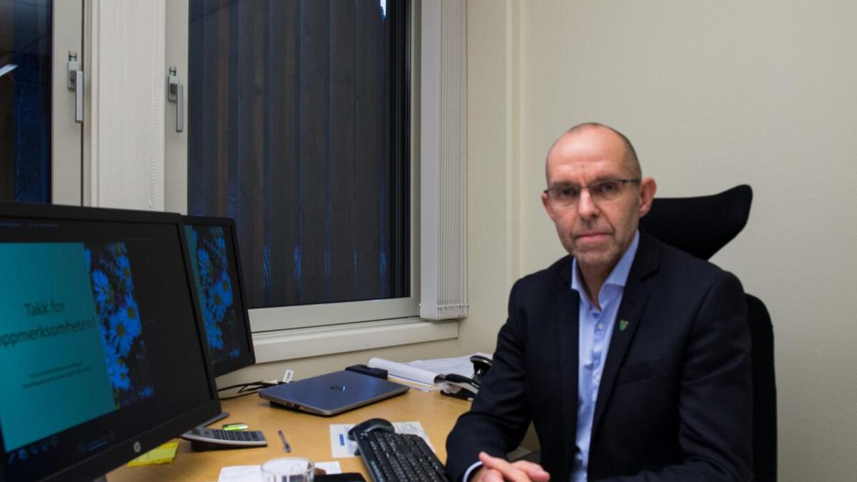 Kommunedirektør Rune Antonsen har varsla fylkesmannen om mistanke om at kommunen har drive omfattande og systematisk overfakturering av staten, noko som truleg har gått føre seg i fleire år.
