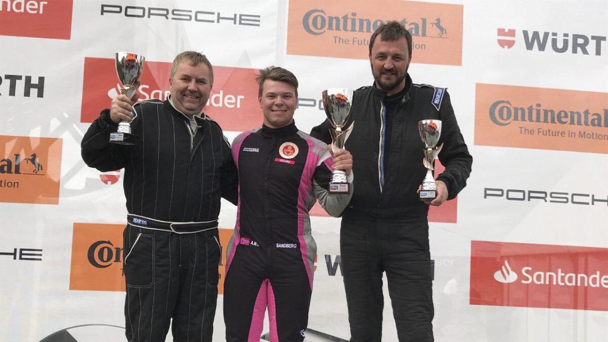 Alf Marius Loe Sandberg tok en seier og en 2. plass i Seven Racing i helgen. I GT3 slet han med uhell og biltrøbbel.Privat foto