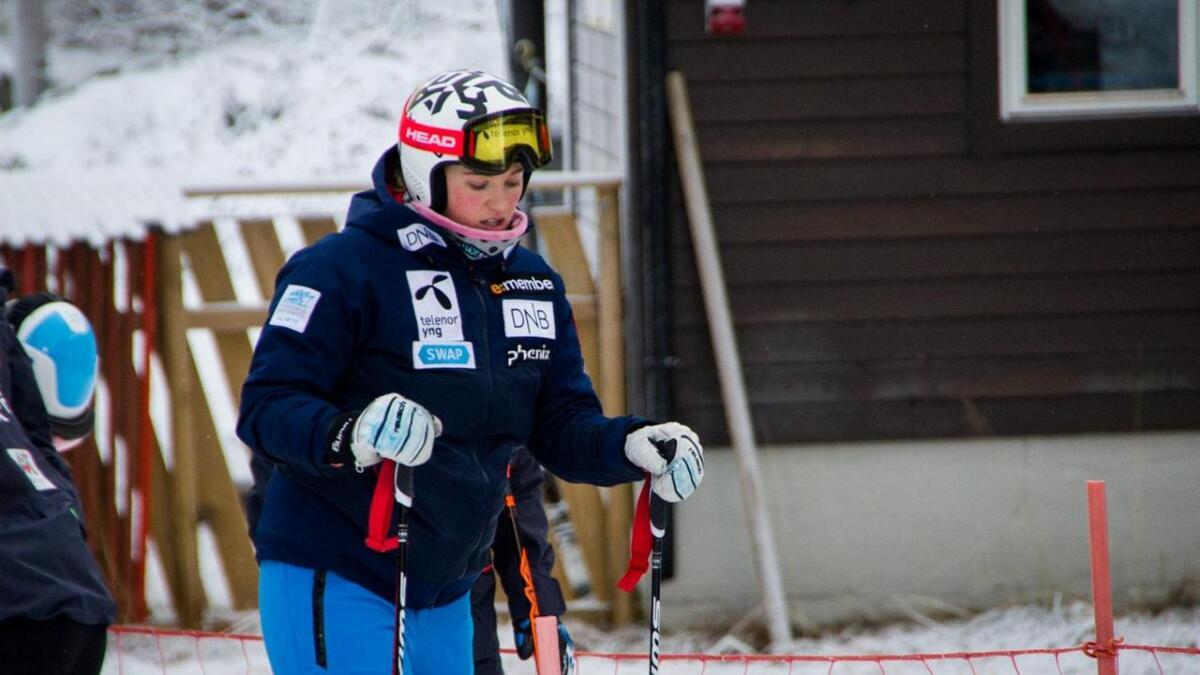 Maria Tviberg før fyrste tur på ski på Geilo etter fallet.