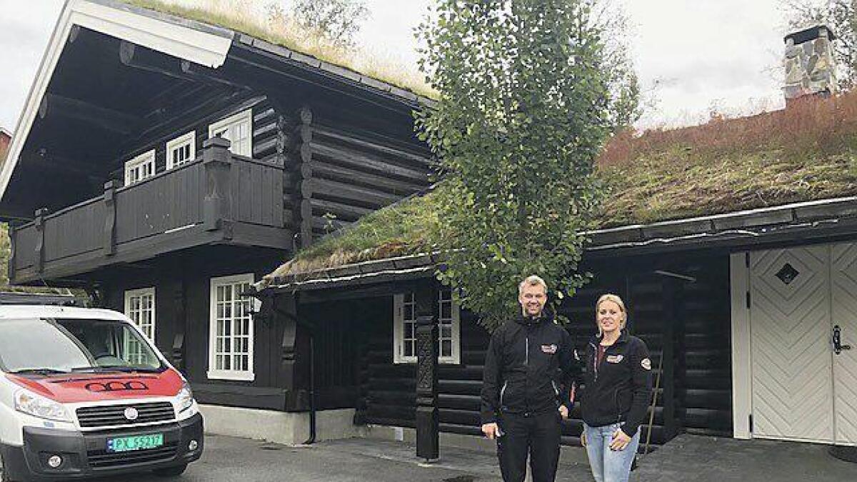 Jan Eivind Øygarden og samboer Jenny Lillefosse Ofte flytter Krossen pub til de gamle Heimil-lokalene i sentrum. I tillegg blir det kontorlokaler for vaktservice-delen.
