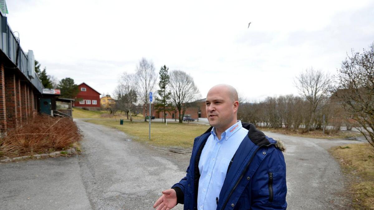 Tommy Ballestad mener det er viktig at brudd på kommuneloven får konsekvenser. Han har meldt saken om de hemmelige møtene inn for kontrollutvalget.