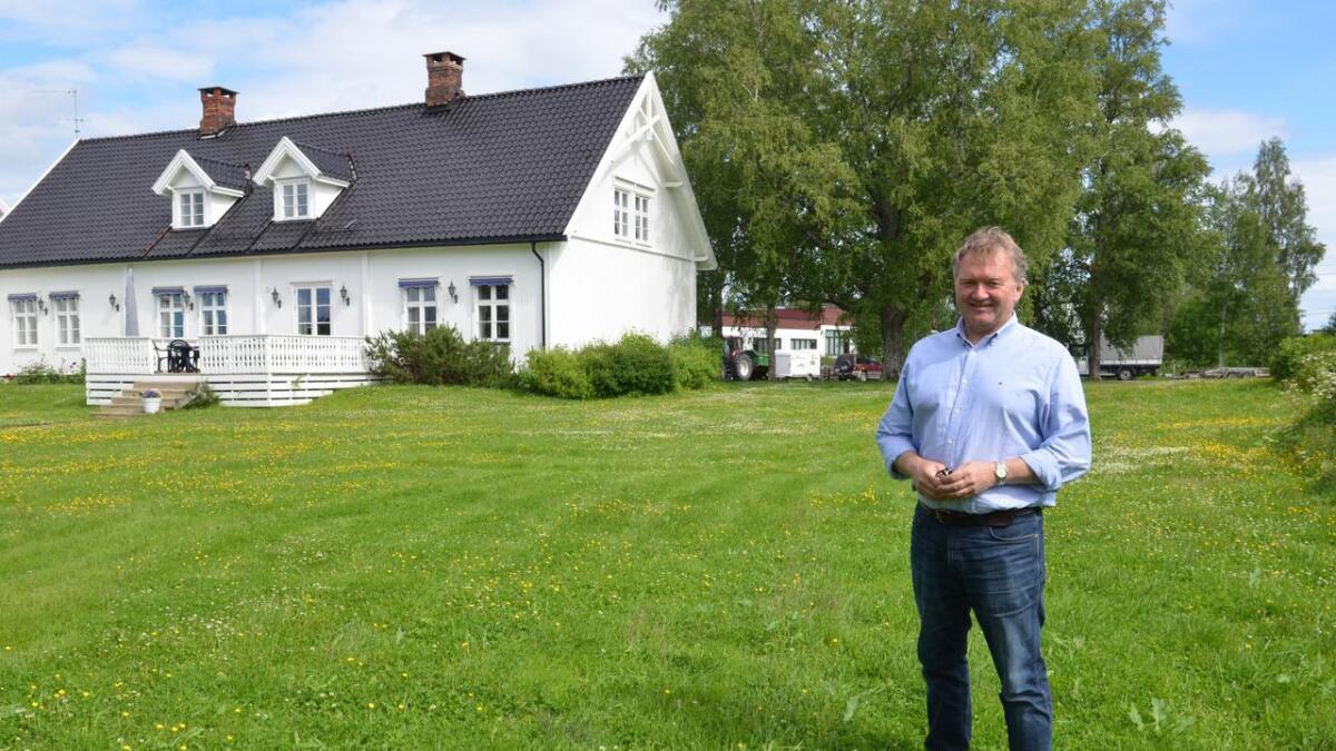 Til helgen selger Jan Bråthen inventaret i Runni Gaard. Før jul blir lokalene overdratt til Læringsverkstedet, og det blir barnehage i bygget.
