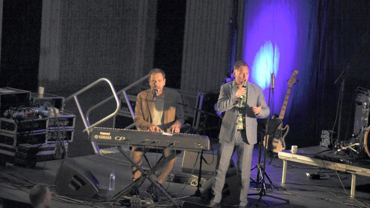 Gisle Børge Styve på tangentar og Heine Totland på vokal er ein god kombinasjon