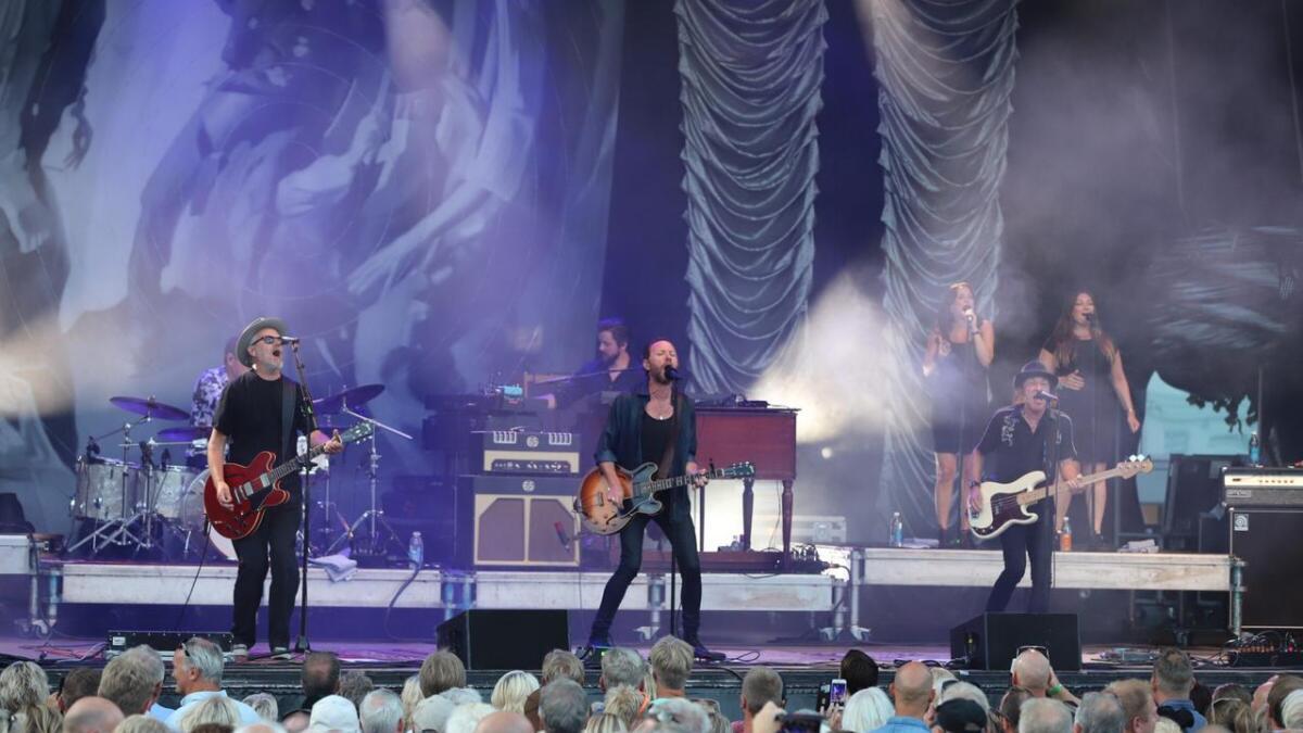 Det populære bandet erstattet Kim Larsen på en verdig måte.