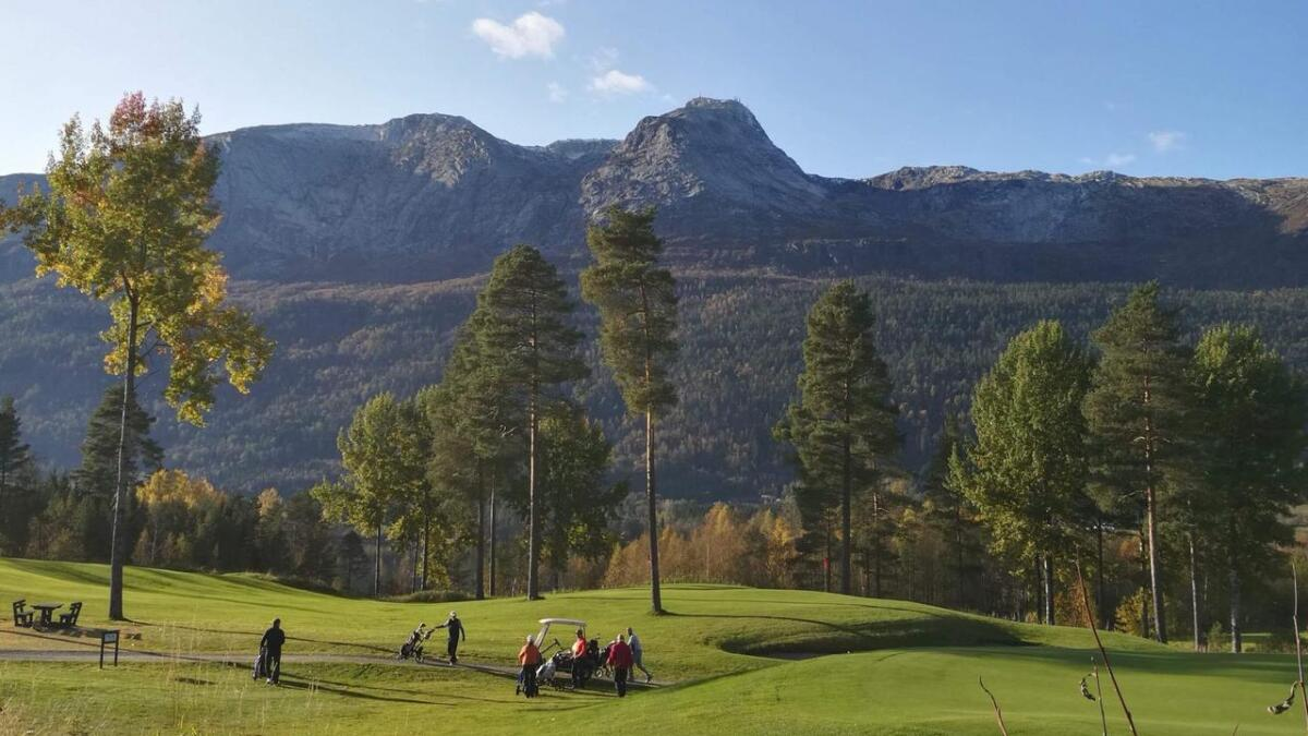 51 golfspelarar deltok på «Siste sjanse» i flotte omgjevnader på Nedkvitne.