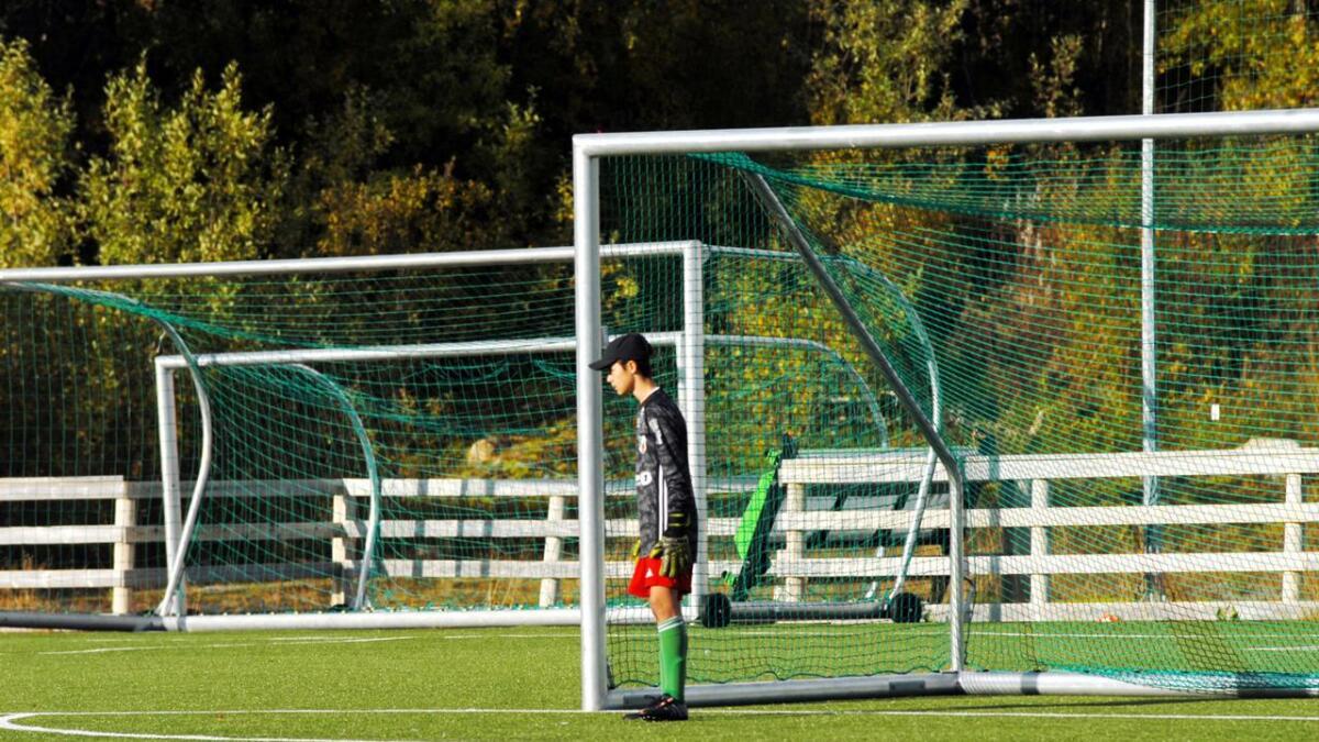 William Hansen (14) vokter buret til Morild i andre halvdel, etter solid innsats i forsvaret i første.