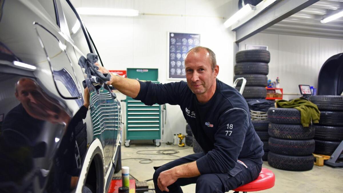 Morten Gundersen anbefaler vedlikehold av bilen også i vinterhalvåret. Arkiv