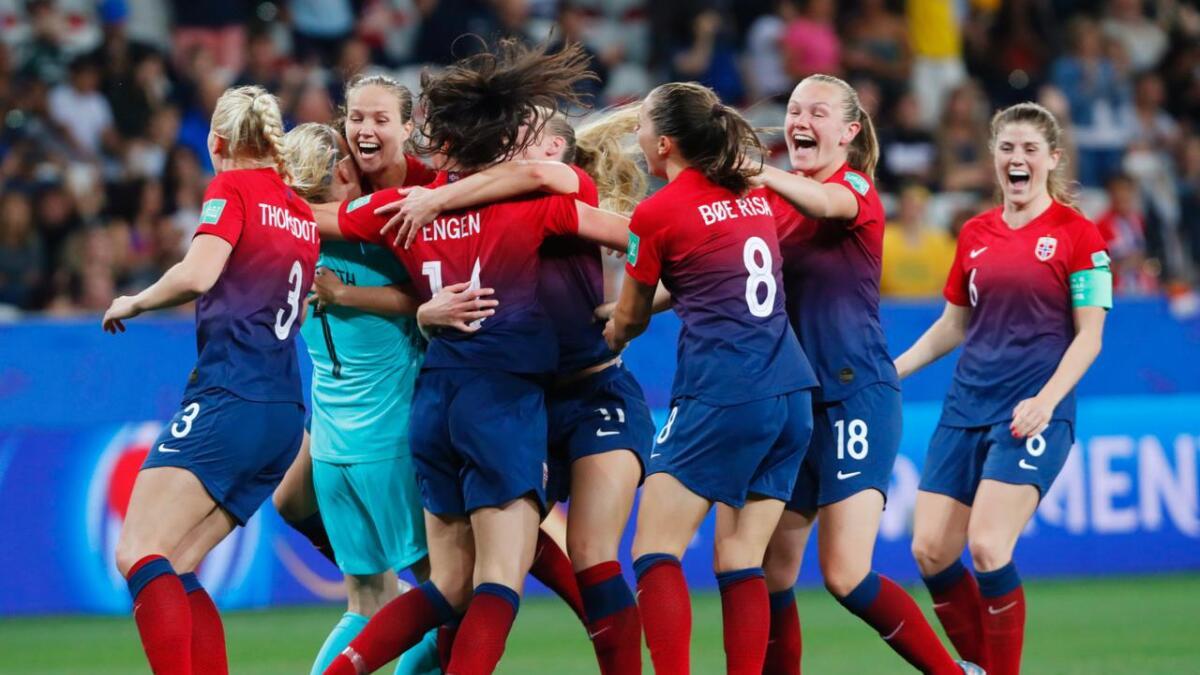 MDG ønsker jubelscener i kvinnefotballen i Aust-Agder som da Norge vant straffesparkkonkurransen i VM i Frankrike mot Australia. Illustrasjons