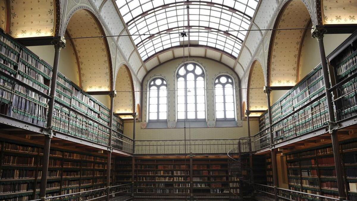 Cuypers-biblioteket ligger inne i Rijksmuseum i Amsterdam og er nesten en museumsgjenstand i seg selv.