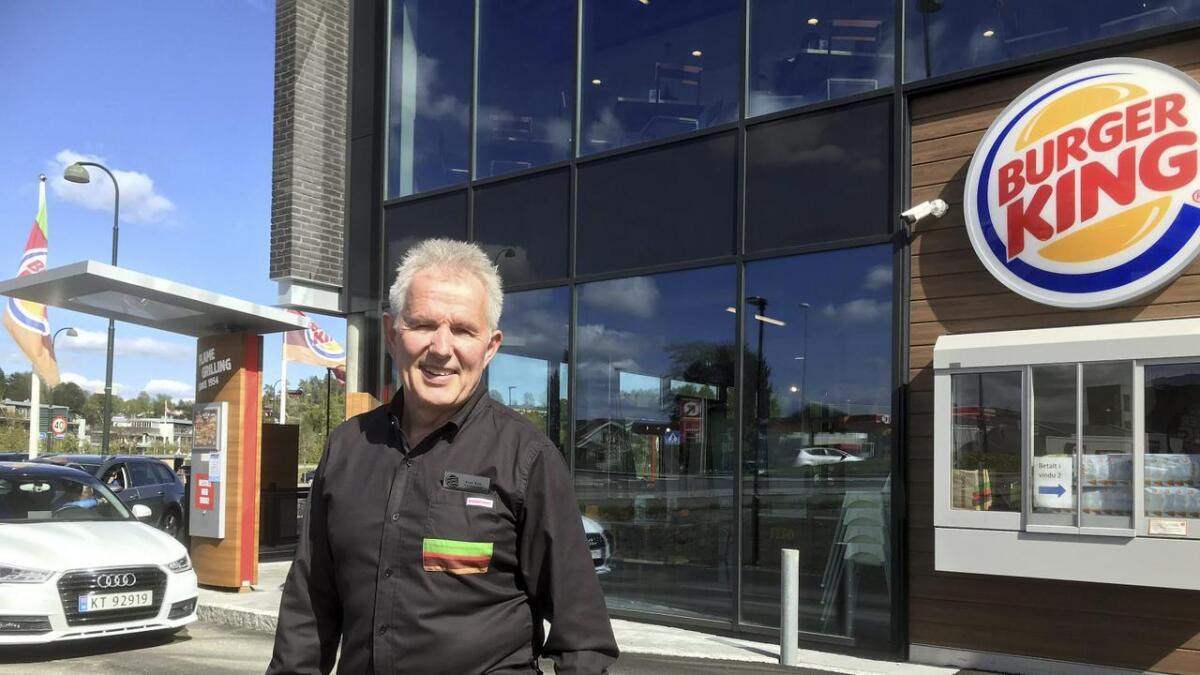 Sven Erik Hatleskog åpnet i november i fjor ny Burger King på Revetal utenfor Tønsberg. I juni åpner han en ny restaurant ved E 134 på Notodden.