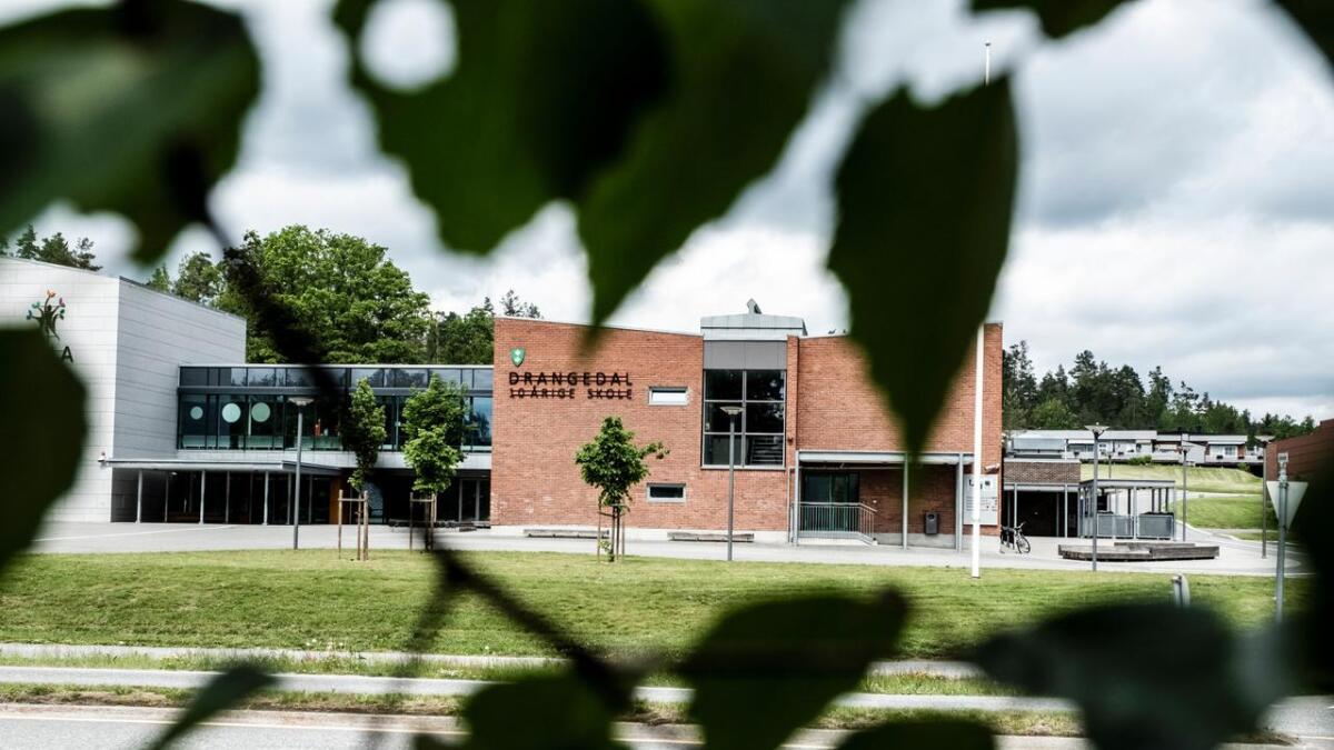 Skolen, kommunen og mange voksne har sviktet unge i Drangedal som har blitt mobbet, skriver artikkelforfatteren.