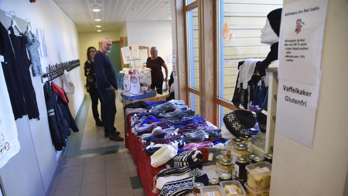 Her er eit lite glimt frå husflidsdagenpå Svotland skule i fjor