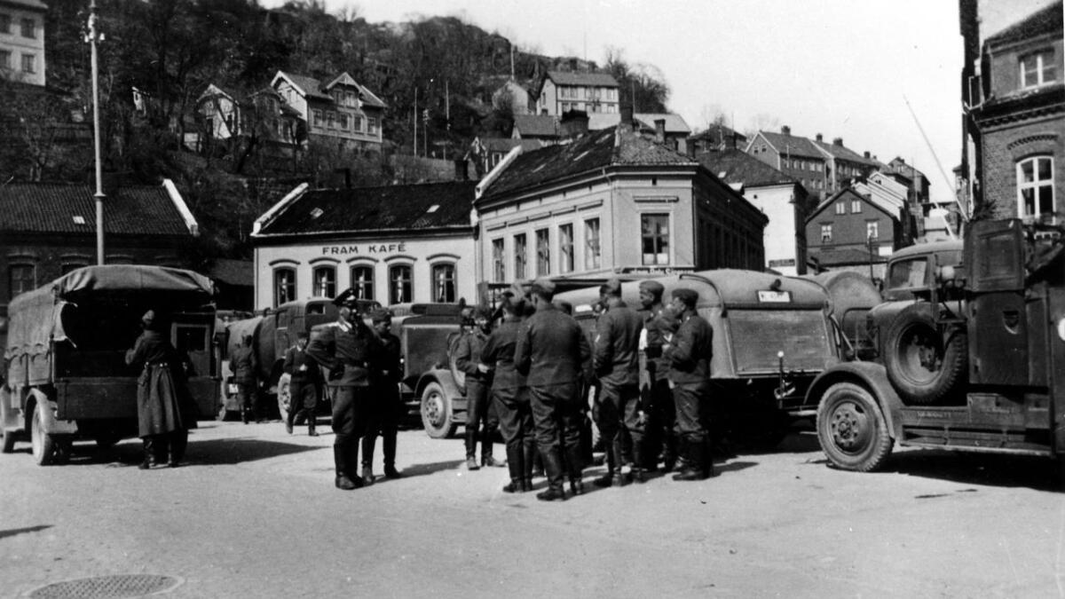 Tyske tropper på Torvet i Arendal.