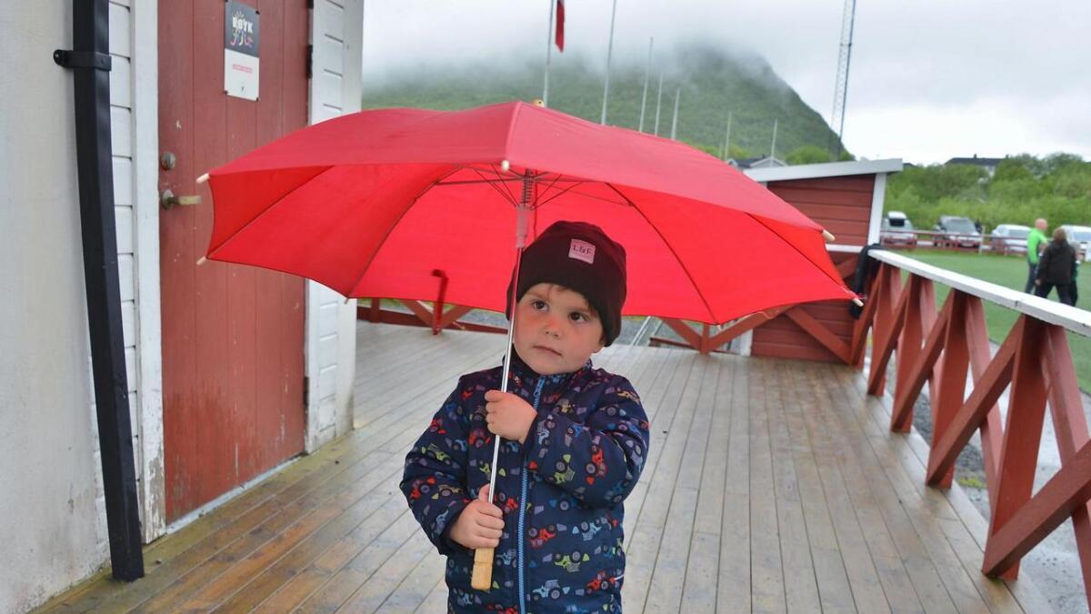 Ulrik Johannes Nilsen fra Straume i Bø, hadde det veldig gøy på fotballfesten, selv om det regnet litt!