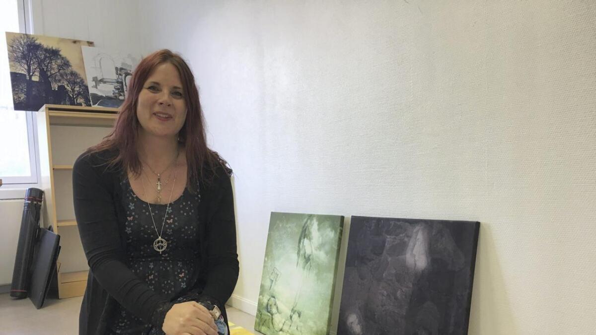 Hannah Elisabeth Bråten har bidratt med kunst til Peels nye video.
