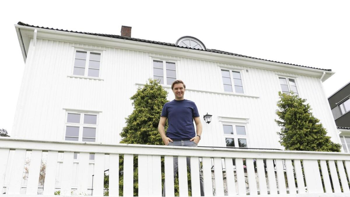 hten 2018 kjøpte Christian Tynning Bjørnø og ektemannen Magnus Fon Klyve          presteboligen i Sandefjord. Nå har de flyttet inn.