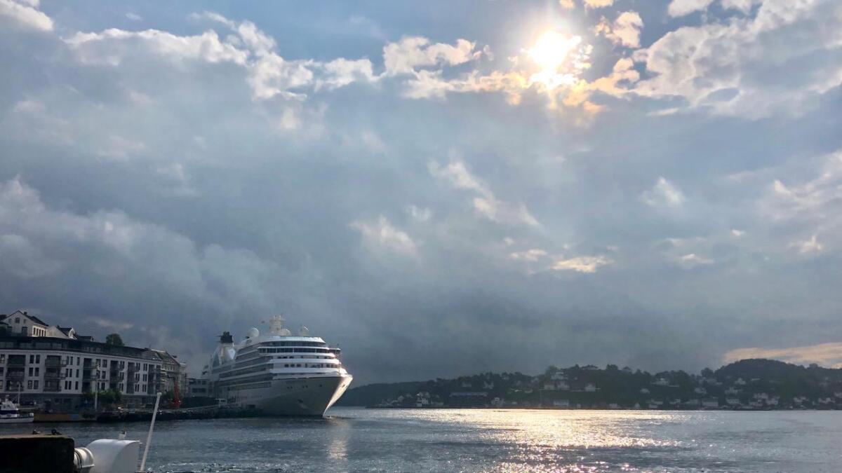 Tidligere dro folk til byen for å se cruiseskip, nå er det blir langt mer vanlig.