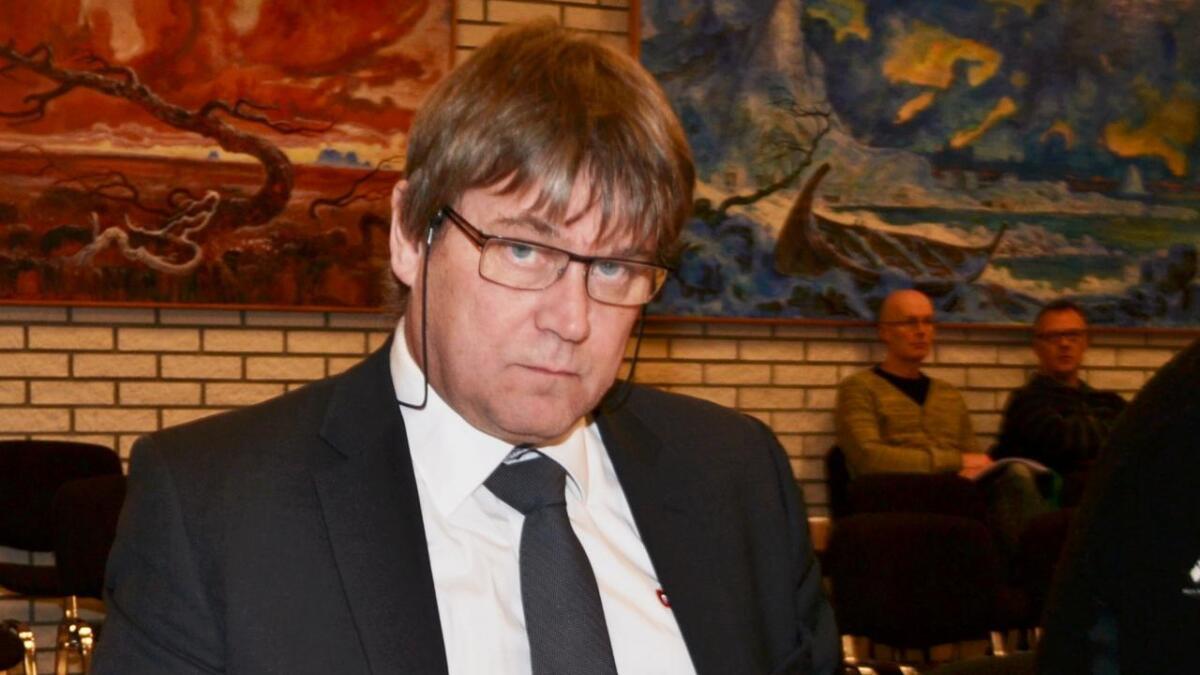 Vindkraft-saka seiler opp som en av de heteste på tampen av valgkampen i Andøy. Nå opplyser ordførerkandidat for Andøy Frp, Halvar Rønneberg, at partiet snur og sier nei til utbygging på Andmyran.