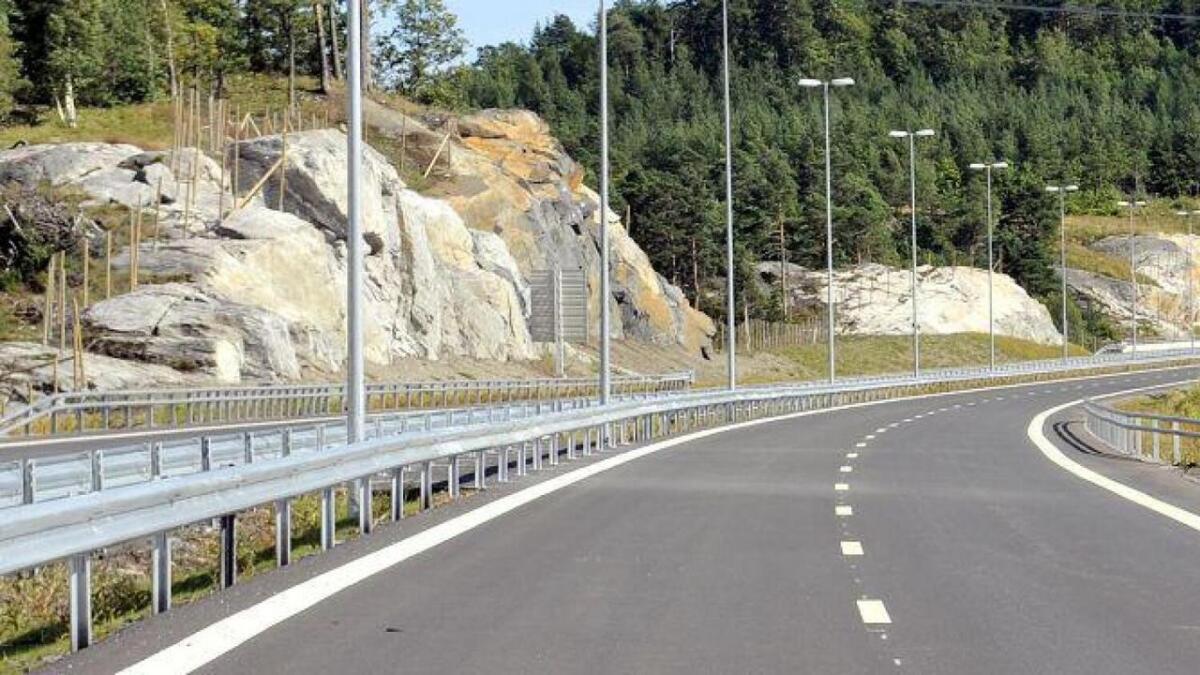 Det er frykt for ulykker på grunn av spordybden på E18 mellom Grimstad og Kristiansand.
